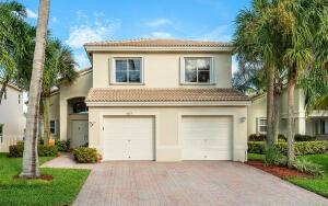5077 Victoria Circle, West Palm Beach, FL 33409