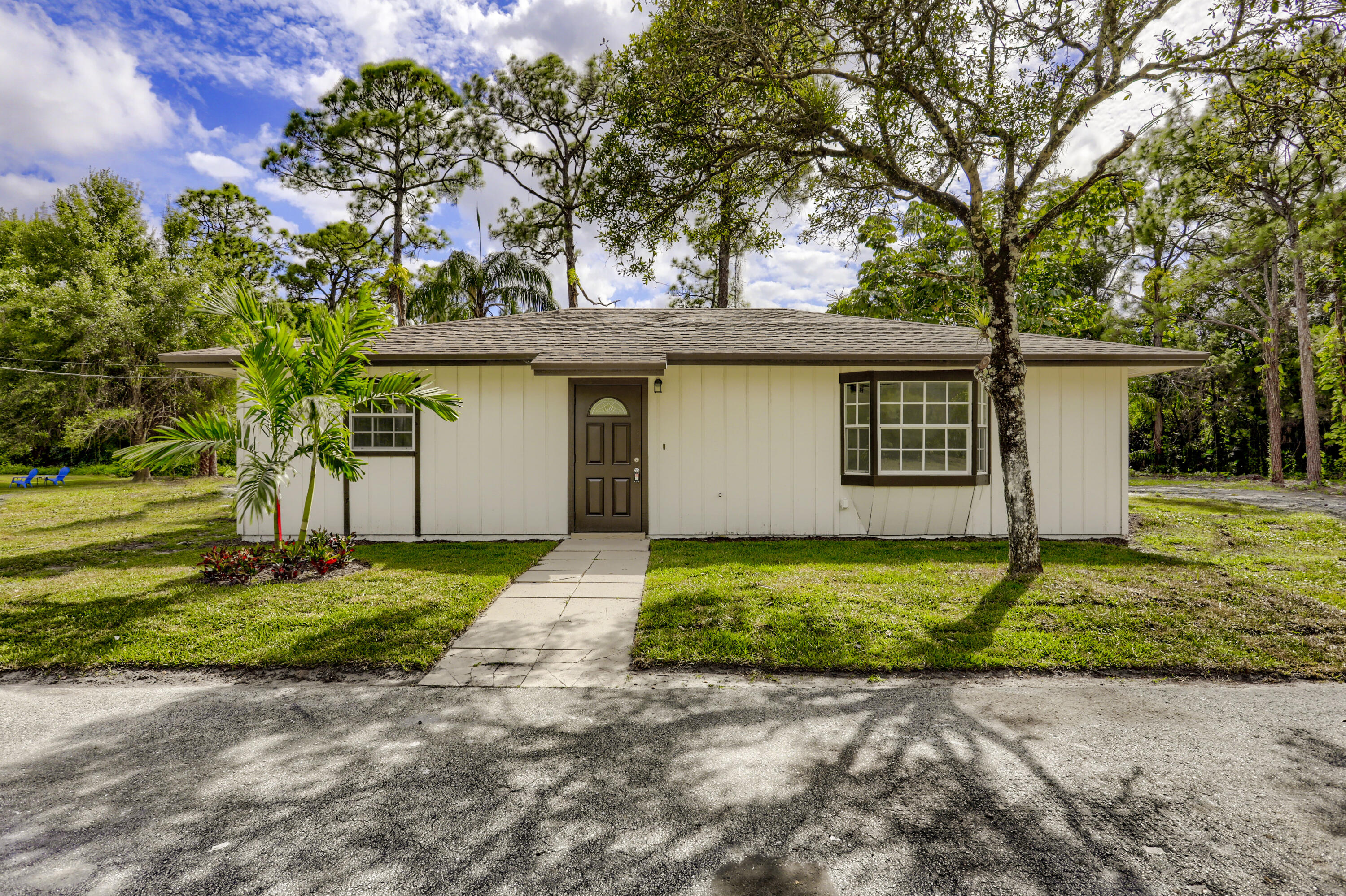 Home for sale in Unincorporated The Acreage Florida