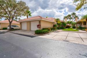111 Old Meadow Way, Palm Beach Gardens, FL 33418