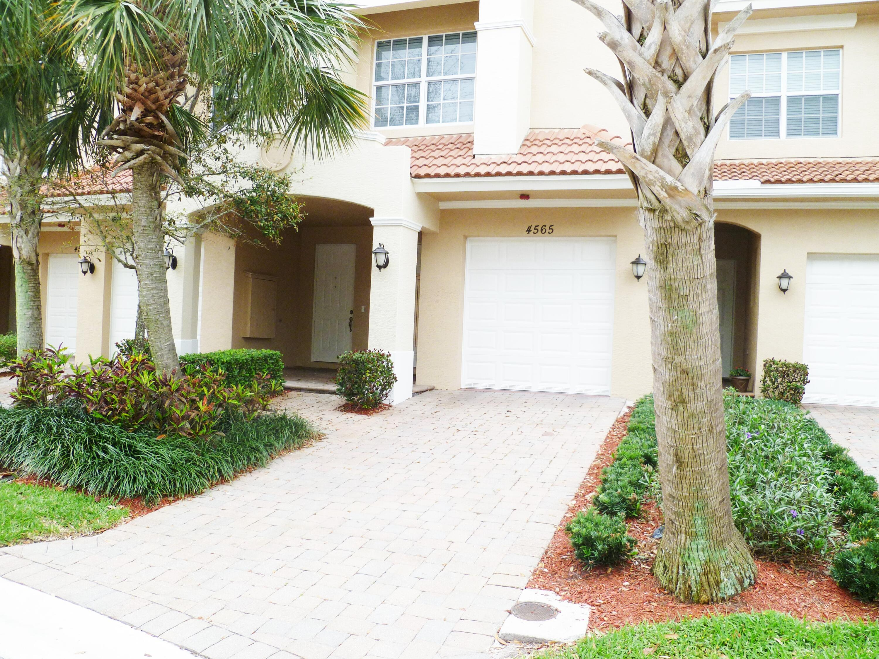 Home for sale in CIELO TOWNHOMES AT SHOPS OF DONALD ROSS Palm Beach Gardens Florida