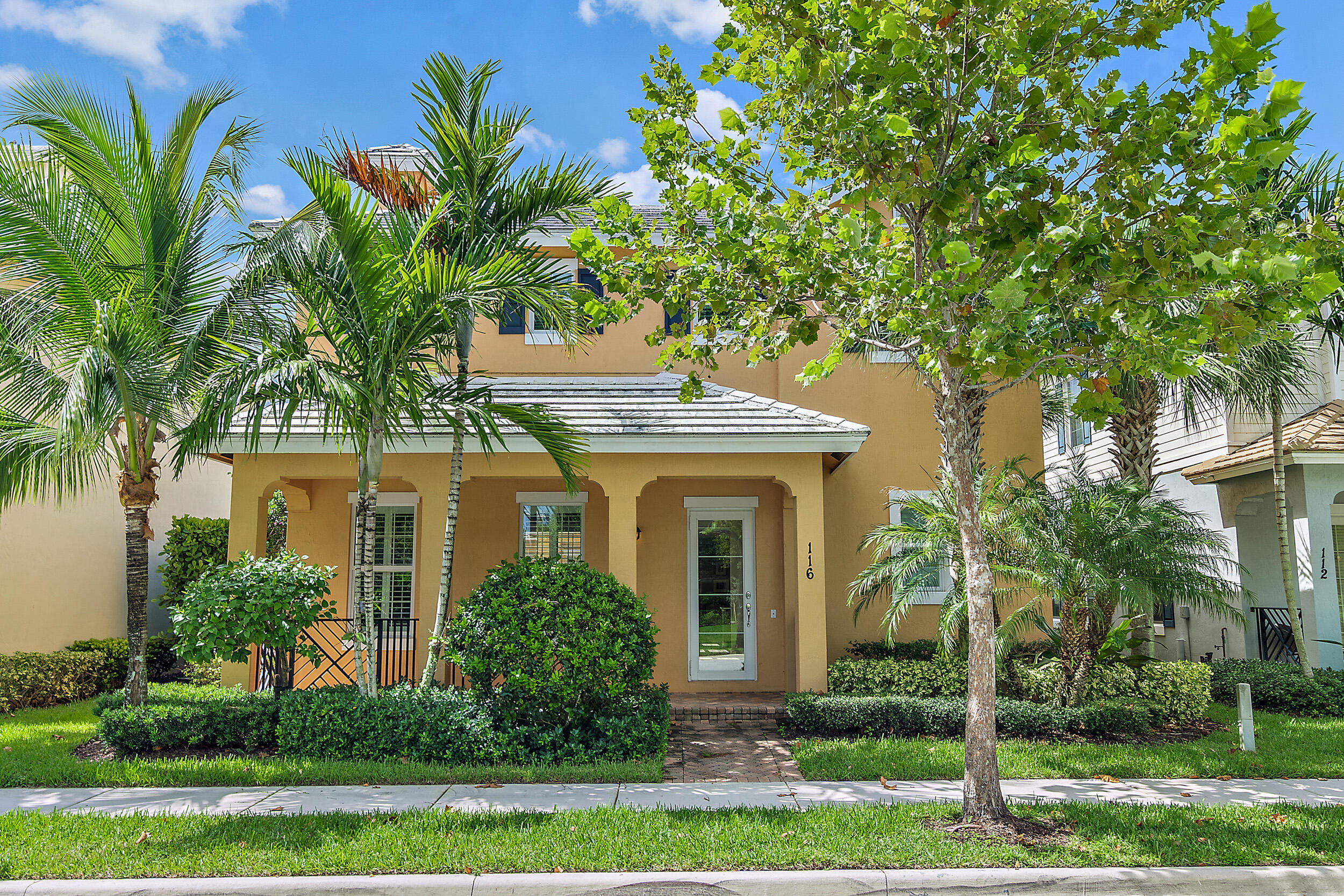 Don't miss this amazing opportunity to own a 2014 single family home in Jupiter. It feels like living in a brand new house! This house is not only well kept but it has been meticulously cared for. It is located in the highly desirable neighborhood of Botanica. This home offers over 3,100 sqft of living space, a private patio with a pool and is situated in a premium location across the street from a newly renovated green area. This home has 4 bedrooms, 3.1 bathrooms and 1 den perfect for a playroom or a home office. The first floor has nicely updated wood-like porcelain tile, an open kitchen with quartz countertops and 2014 stainless steel appliances, plantation shutters, roll up shades, custom sheers in the great room and updated light fixtures. Other features include impact windows throughout the house, a 2-car garage, 2014 tile roof, 2014 AC and a 2014 water heater. Schedule your appointment and come see this house NOW