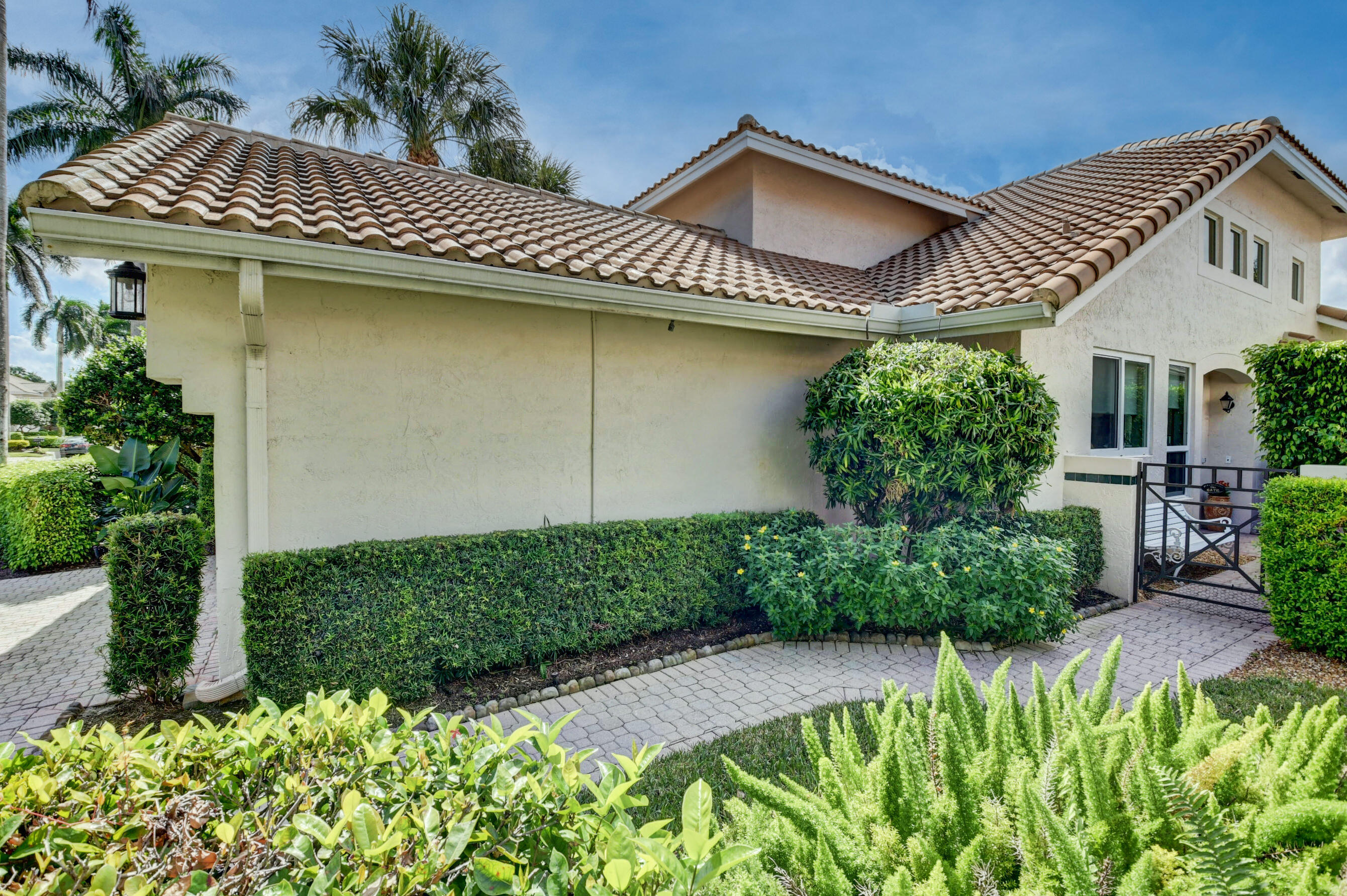 2273 NW 62nd Drive  For Sale 10754013, FL