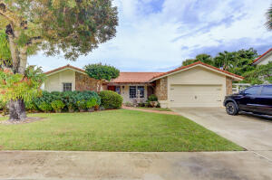 793 Camino Lakes Circle, Boca Raton, FL 33486