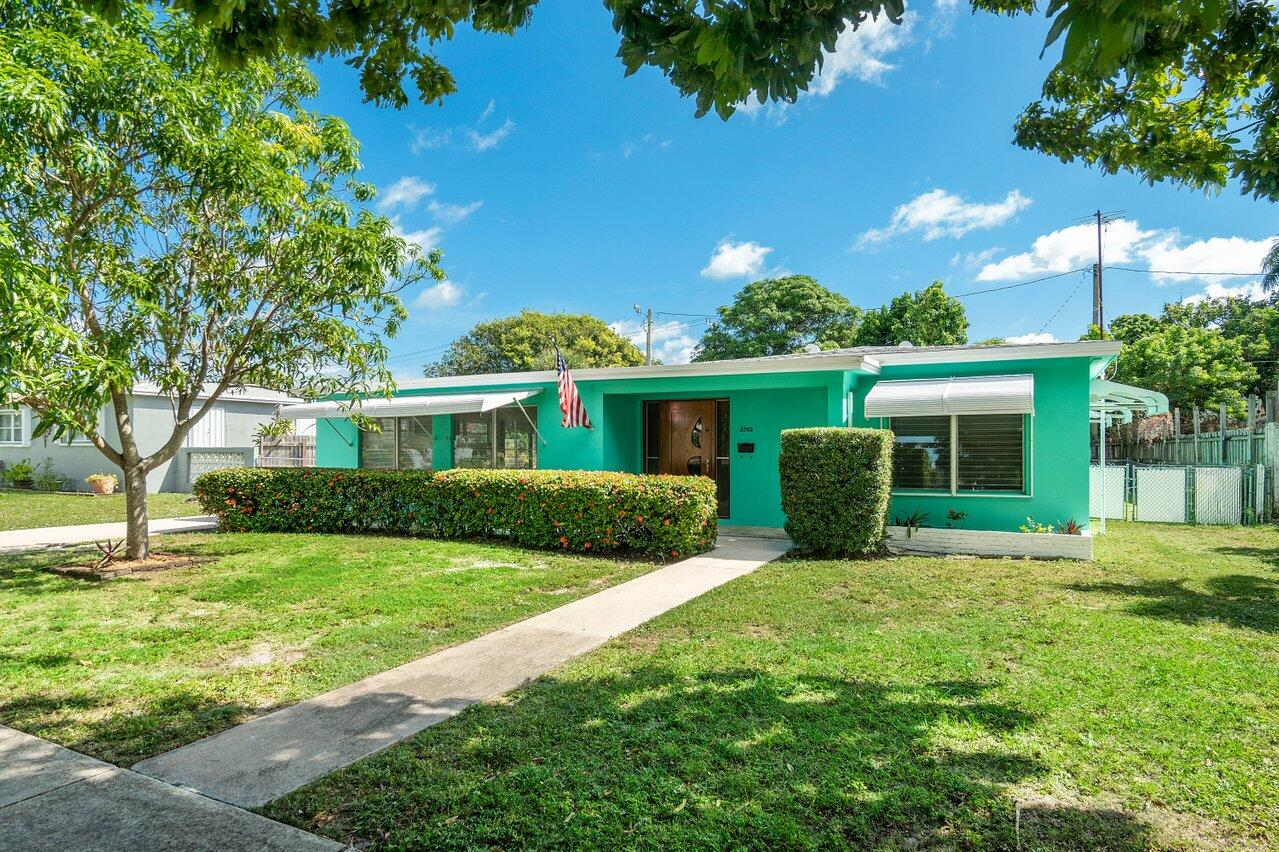 Home for sale in EL MONTE PARK West Palm Beach Florida
