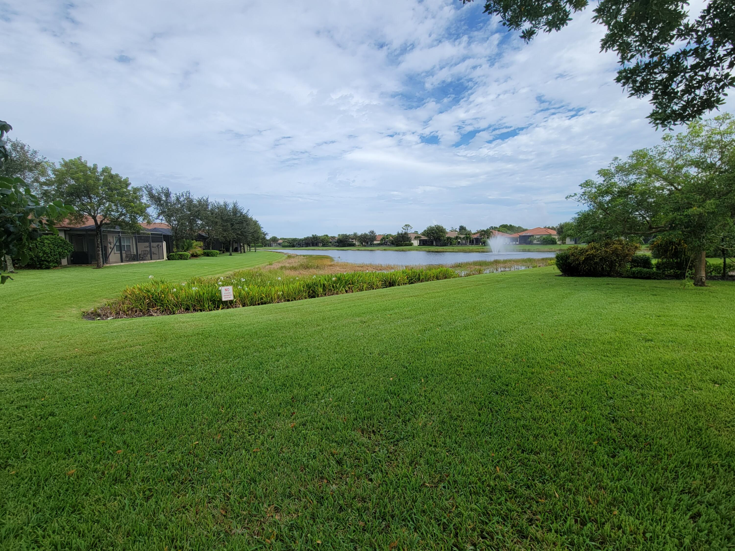 9471  Isles Cay Drive  For Sale 10754236, FL