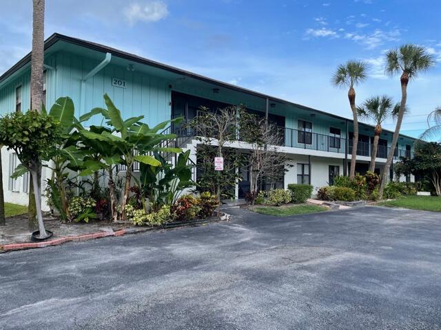 201 SW 1st Street 9, Boca Raton, FL 33432