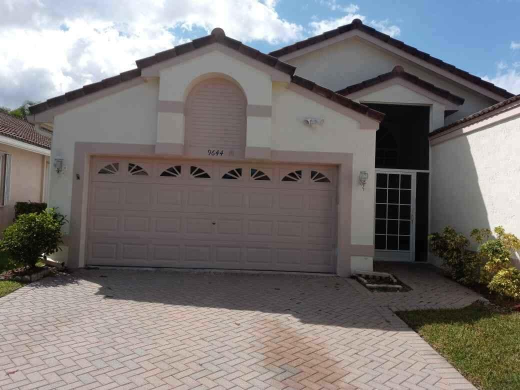 9644  Honeybell Circle  For Sale 10754261, FL