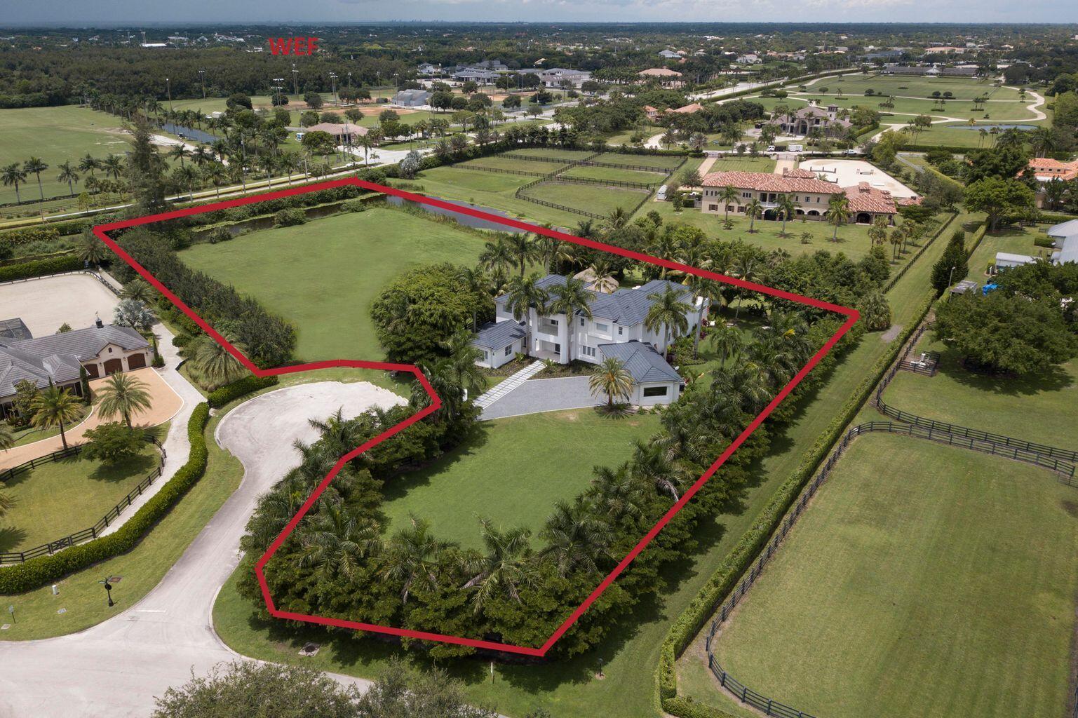 3530  Aiken Court  For Sale 10754396, FL