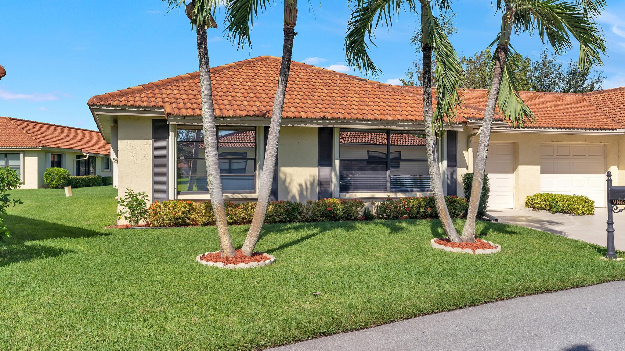 9865  Clusia Tree Drive A For Sale 10754978, FL