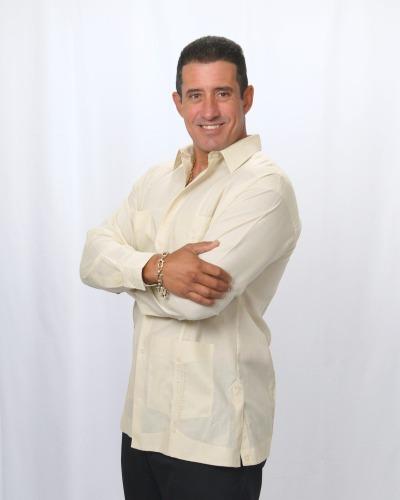 Publio Francisco Lazcos agent image