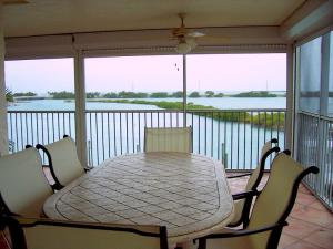 4402 MARINA VILLAS Drive, Unit 4402, Duck Key, FL 33050