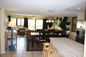 1530 Ocean Bay Drive, 405, Key Largo, FL 33037
