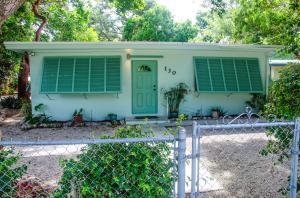 130 N Hammock Road, Upper Matecumbe Key Islamorada, FL 33036