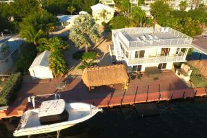 229 Jolly Roger Drive, Key Largo, FL 33037