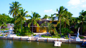 220 Treasure Harbor Drive, Plantation Key, FL 33036