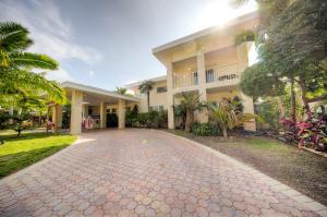 2718 Harris Avenue, Key West, FL 33040