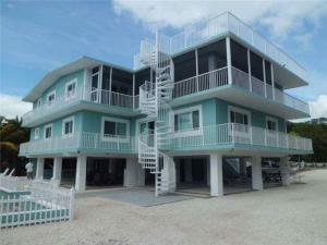 480 Barracuda Boulevard, Key Largo, FL 33037