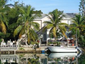 5305 Ocean Terrace, Marathon, FL 33050