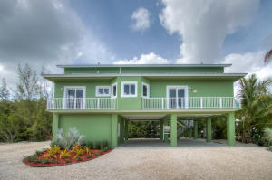 28 S Blackwater Lane, Key Largo, FL 33037