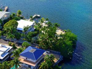436 S Coconut Palm Boulevard, Plantation Key, FL 33070