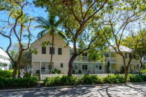 202 Southard Street, 11, Key West, FL 33040
