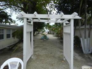 58070 OVERSEAS Highway, Grassy Key, FL 33050