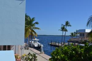 204 James Avenue, Key Largo, FL 33037