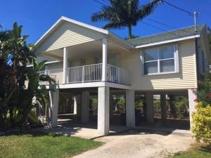 496 James Avenue, Marathon, FL 33050