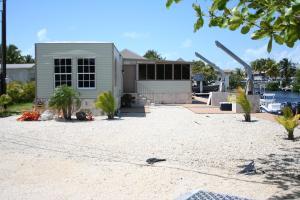 940 Plantation Road, Key Largo, FL 33037