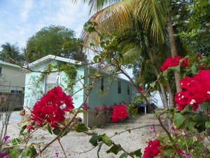 47 Tina Place, Key Largo, FL 33037