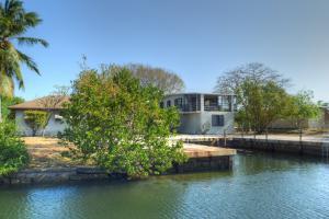 151 & 153 Ocean Shores Drive, Key Largo, FL 33037