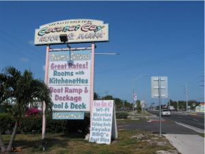 7196 Overseas Highway, Marathon, FL 33050