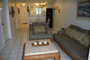 98221 Windward Avenue, Key Largo, FL 33037
