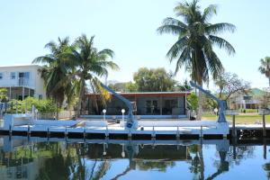 167 Bougainvillea Street, Plantation Key, FL 33070
