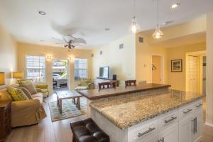 828 White Street, 4, Key West, FL 33040