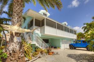 106 Oleander Circle, Key Largo, FL 33037
