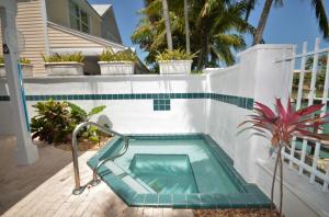 7032 Harbor Village Drive, Hawks Cay Resort, Duck Key, FL 33050
