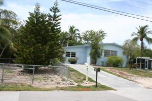 10 Lake Shore Drive, Key Largo, FL 33037