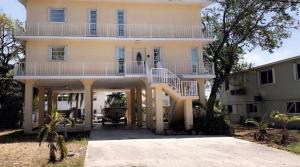 215 Wildwood Circle, Key Largo, FL 33037