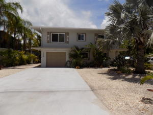 135 Coral Avenue, Plantation Key, FL 33070