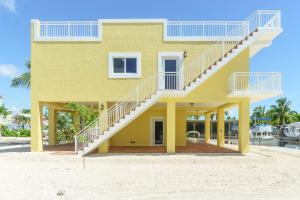 2 Sexton Cove Road, Key Largo, FL 33037