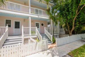 69 Golf Club Drive, Key West, FL 33040