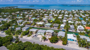 Desirable waterfront community - Summerland Key Cove