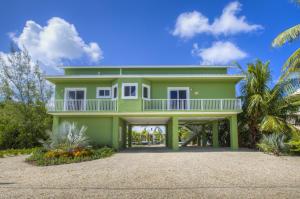 28 S Blackwater Lane, Key Largo, FL 33037