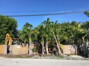 168 Gardenia Street, Plantation Key, FL 33070