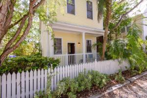 110 Admiral Lane, Key West, FL 33040