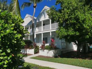 7047 Harbor Village Drive, Duck Key, FL 33050