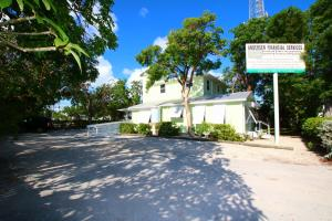 99304 Overseas Highway, Key Largo, FL 33037