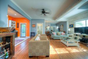 1106 Angela Street, 101, Key West, FL 33040