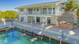 202 Bristol Court, Key Largo, FL 33070